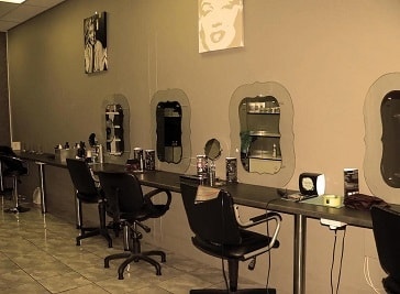 Dawi VD Schyff Beauty Studio in Kimberley