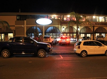 Halfway House Hotel in Kimberley